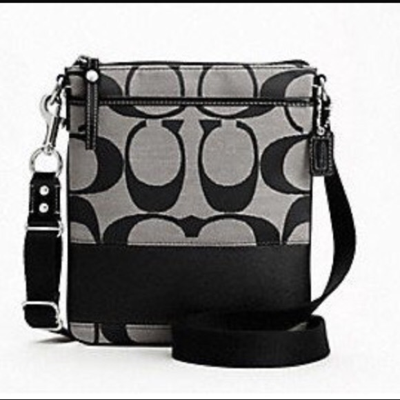Coach Handbags - Authentic Black Coach Crossbody Purse 7a549e138ffb